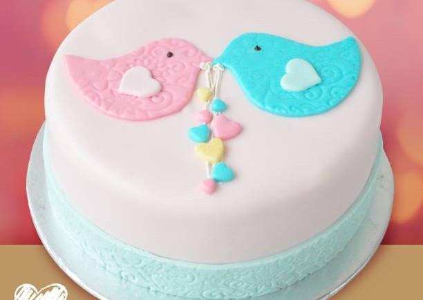 LoveTweet Cake