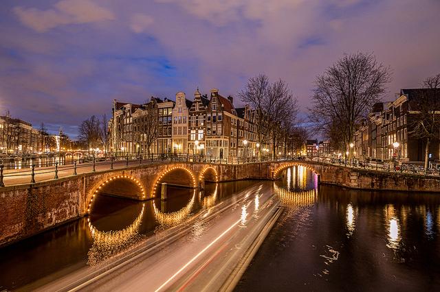 Keizersgracht, Amsterdam by Tom Roeleveld, via Flickr
