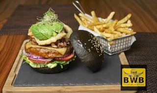 Burger vs WINGS + Bar