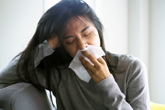 asian-woman-with-runny-nose