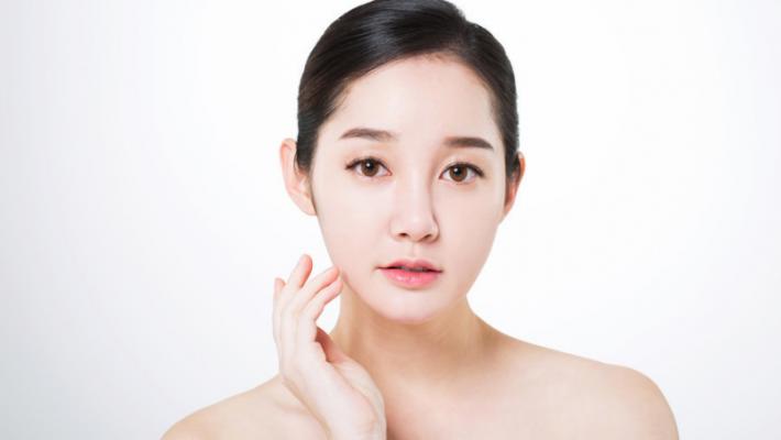 Korean beauty model