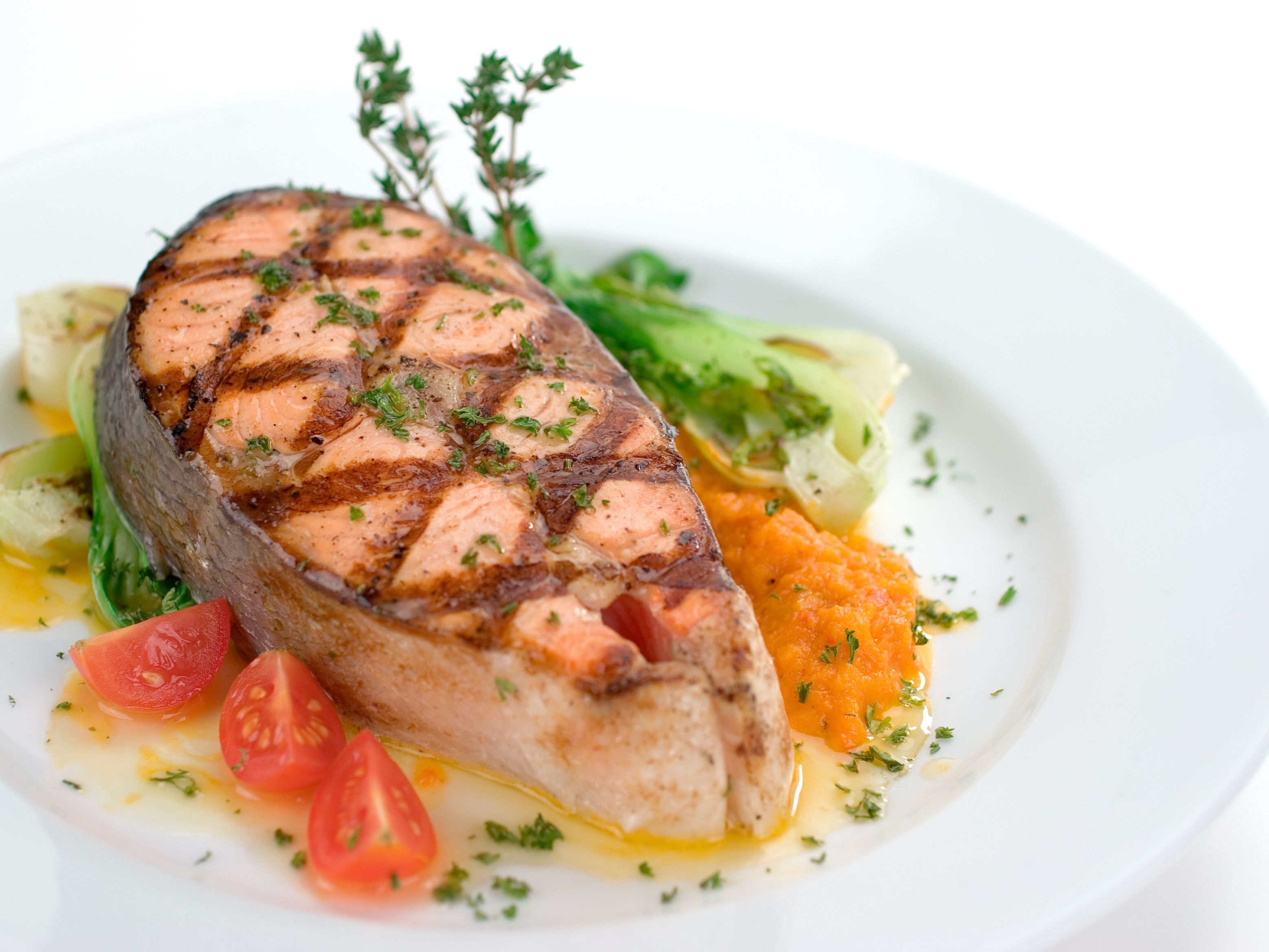 grilled-salmon-steak