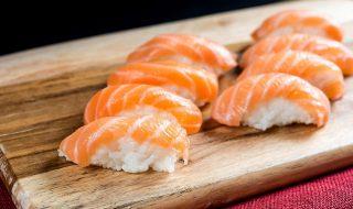 raw-salmon-sushi