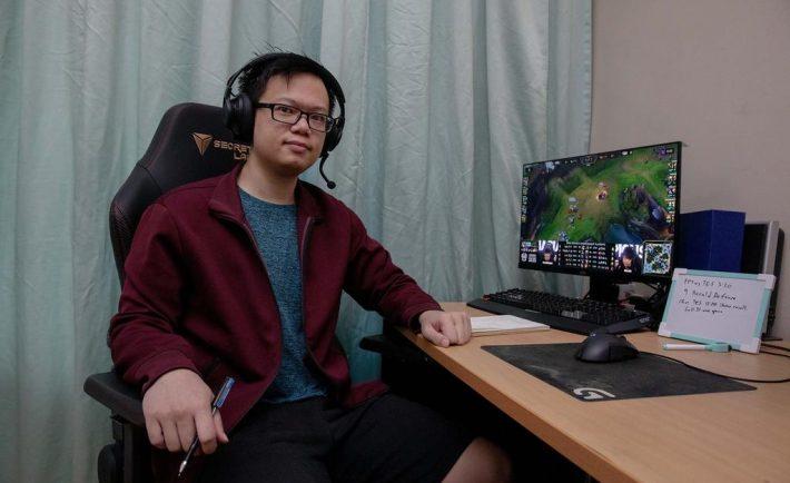 League of Legends e-sports coach Jenson Goh