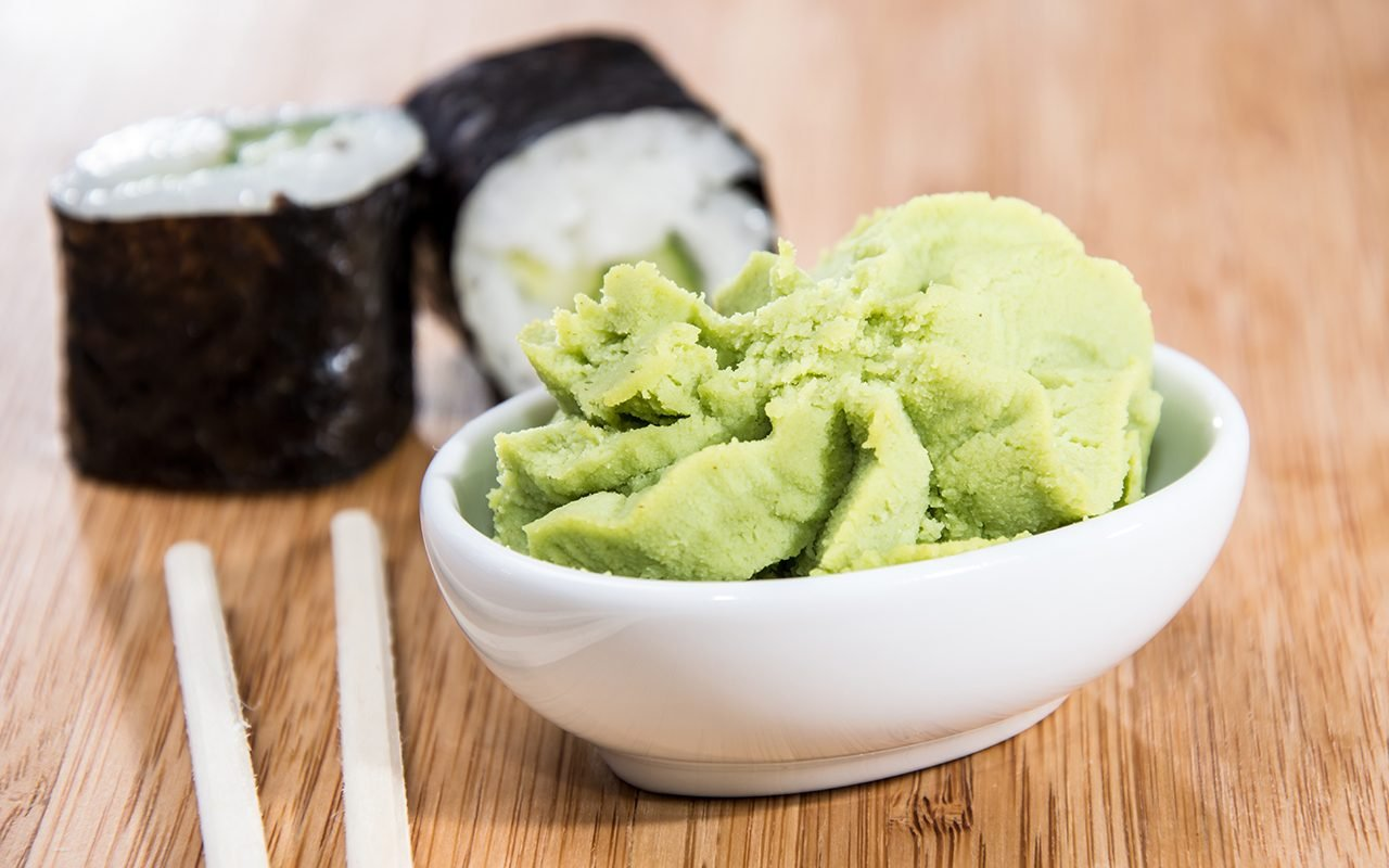 maki-rolls-with-wasabi