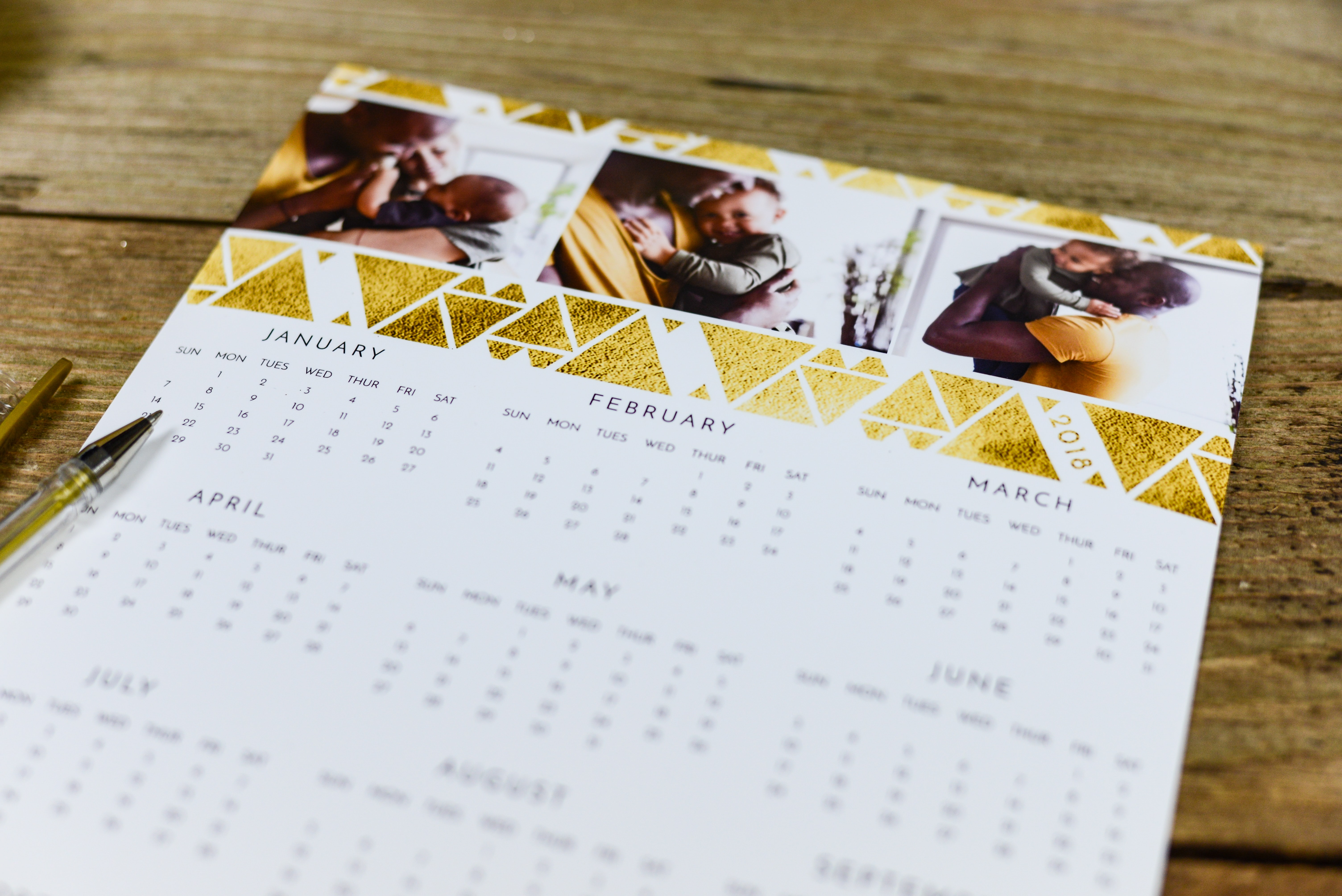 white and gold calendar template