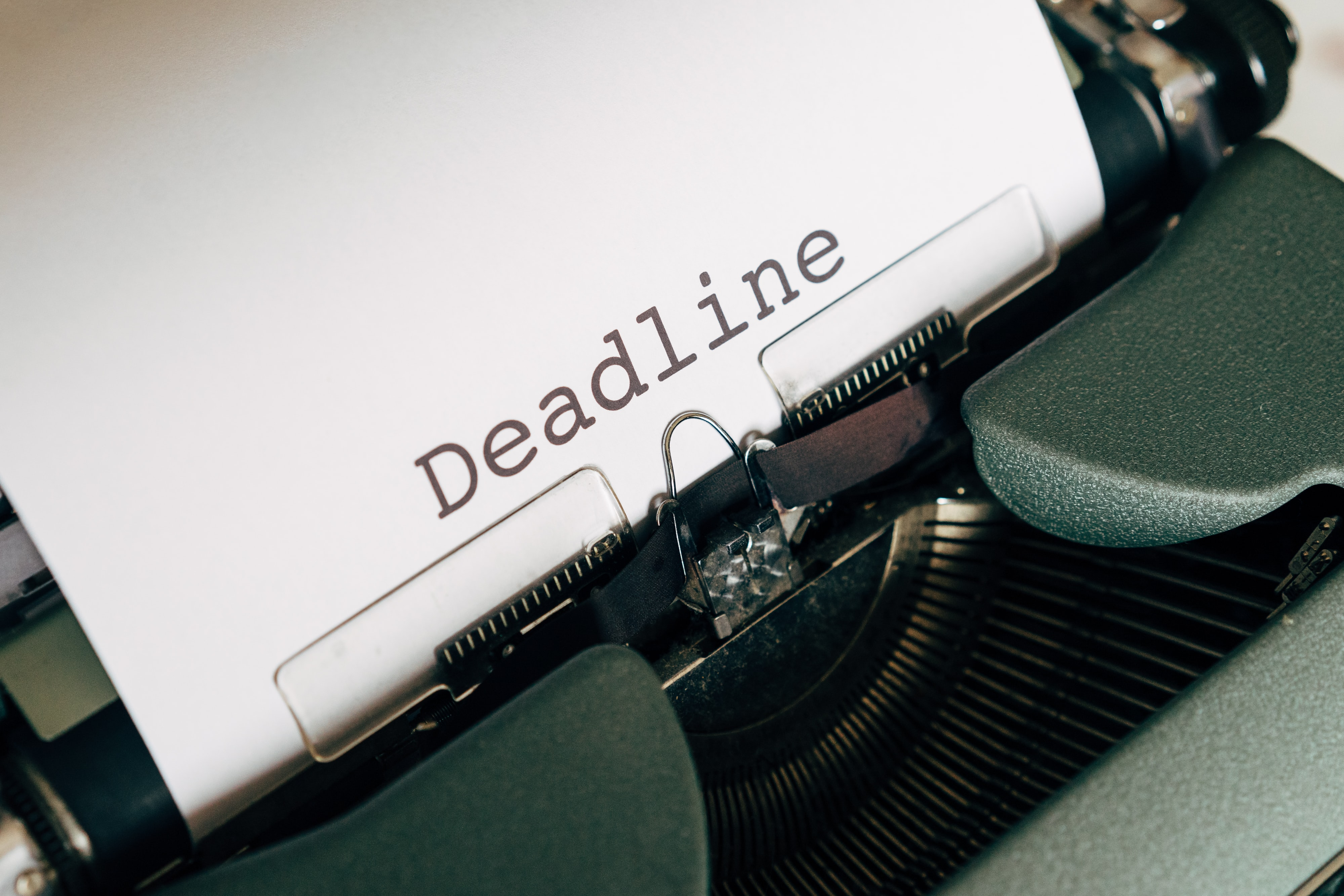 deadline on a typewriter