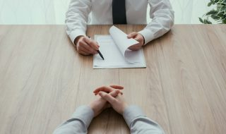 a job interview session